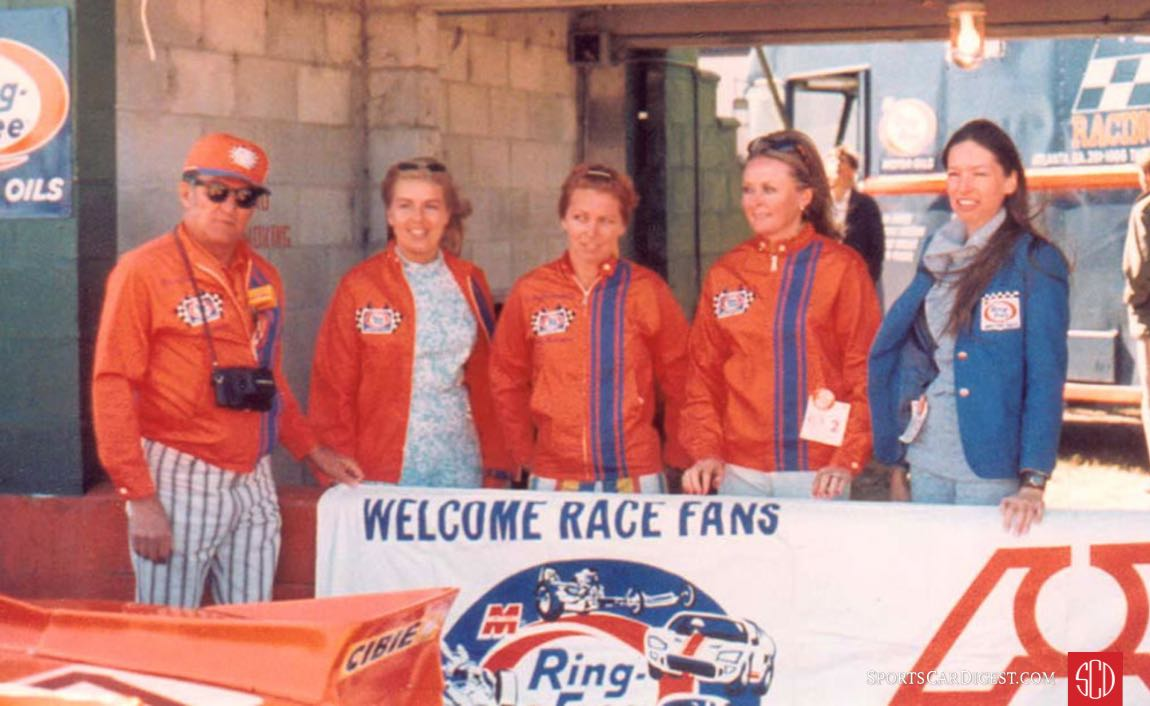 The Ring Free all female team at Sebring in 1971 (Photo: Ring Free)