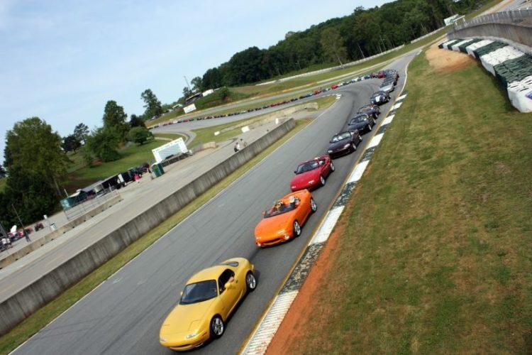 186 Mazdas ready for a parade lap.