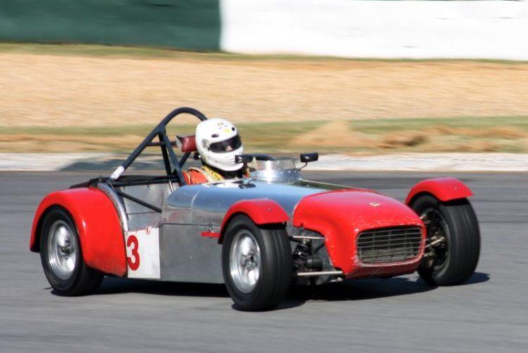 Bill Bartlett, 62 Lotus Super 7.