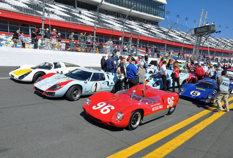(L-R) Porsche 907, Ford GT40 Mk II and Lotus-Climax 19B