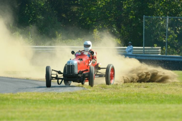 Get a little and kick up some dust- Bob Reed 1932 Ford Sprinter.