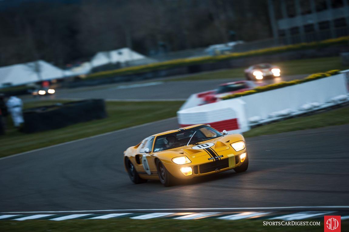 Ford GT40 at the Goodwood Members Meeting (photo: Julien Mahiels)