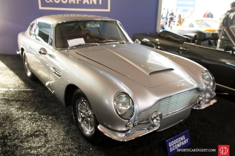 1967 Aston Martin DB6 Vantage Saloon