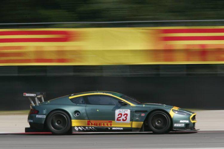 2006 Aston Martin DBR9 GT1 (photo: Drew Gibson/LAT Photographic)