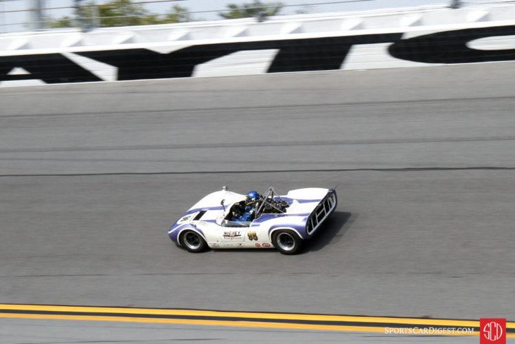 Andrew Beaumont, 66 McLaren M1B
