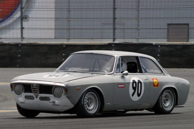 Jeff Hill's 1967 Alfa Romeo GTV in eleven.