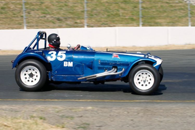 Rapid David Swig in his 1957 Monsterati Special in turn four. This driver car combo is an example of detailing a 'simple' special, putting in a quick smooth driver and then going fast. Great fun to watch in the corners.