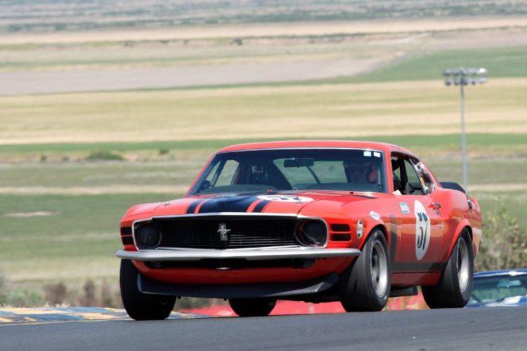 302 Boss Mustang