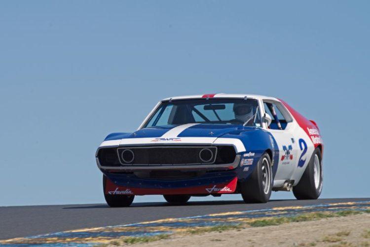 1972 Javelin driven by Ken Epsman in turn three.