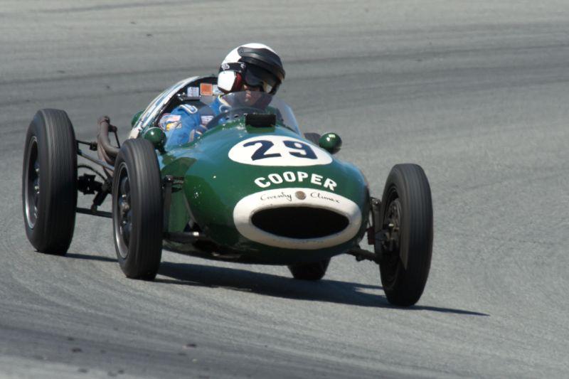 Luca Maciucescu in a Cooper T43.