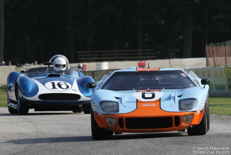 The best of the 60's and 50's. Mac McCombs, 68 SPF GT 40 and Tony DeLorenzo, 58 Scarab Mk I.
