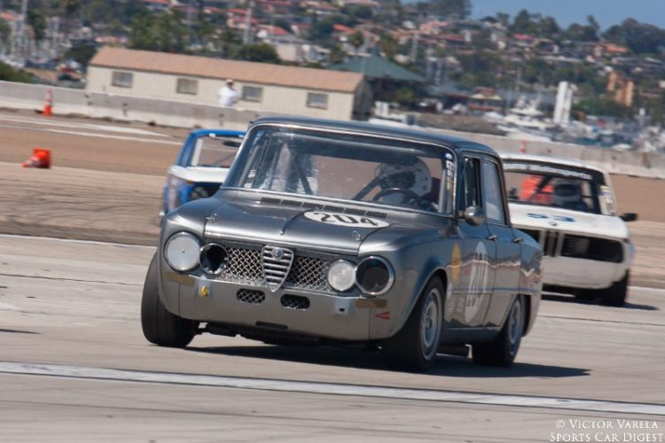 Jeff Thraen leads a pack of Bimmers in his 1967 Alfa Romeo Giulia Super. © 2014 Victor Varela