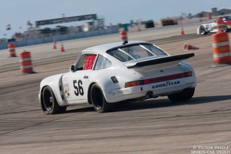 David Leyvas on the turn 7 apex in his 1974 Porsche 911 RSR. © 2014 Victor Varela