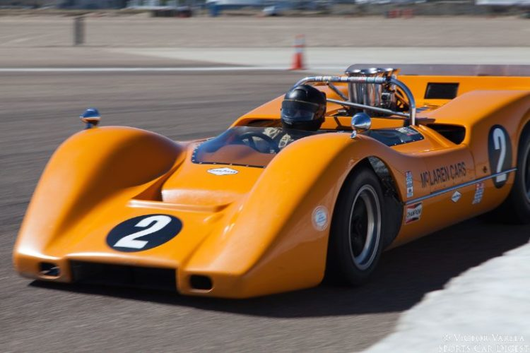 Robert Ryan on the apex of turn 10 in his 1968 McLaren M6B. © 2014 Victor Varela