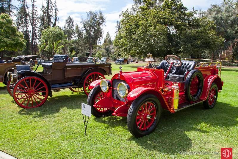 (R-L) 1913 Case Model 40/Model O Fire Truck, 1912 International Auto Wagon