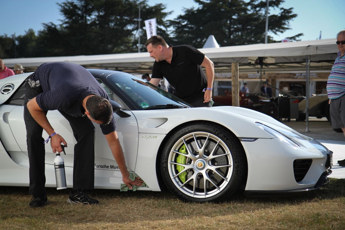 Porsche 918 (photo: Adam Beresford)