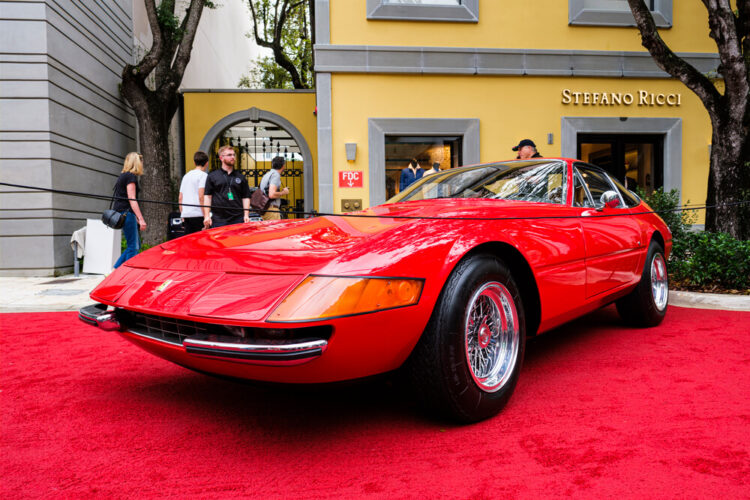 front of ferrari daytona