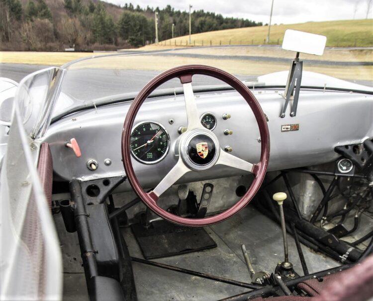 1959 Porsche 718 RSK Spyder inside