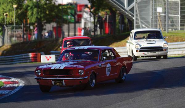 Touring car racing Brands Hatch