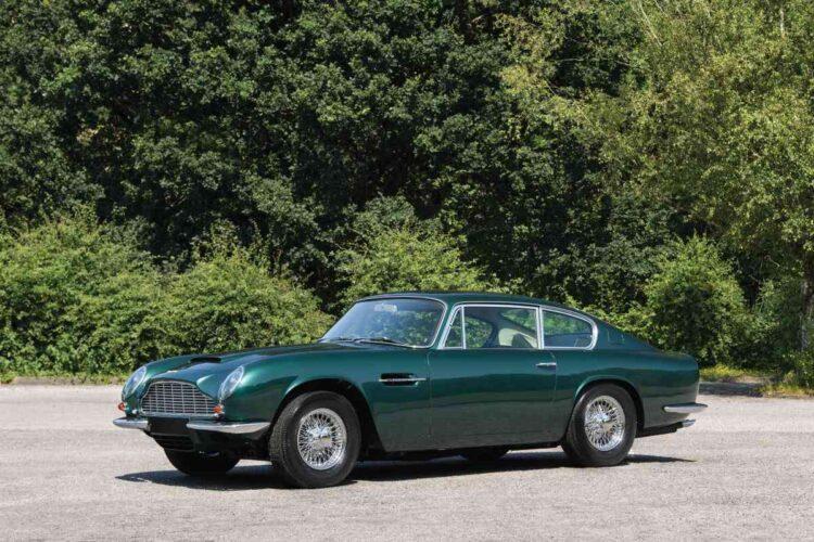 Aston Martin DB6 Mk II