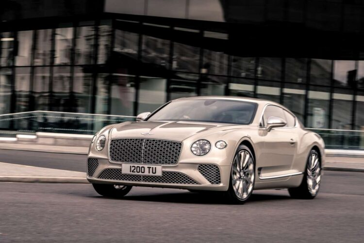 Front of Continental GT Mulliner Coupé