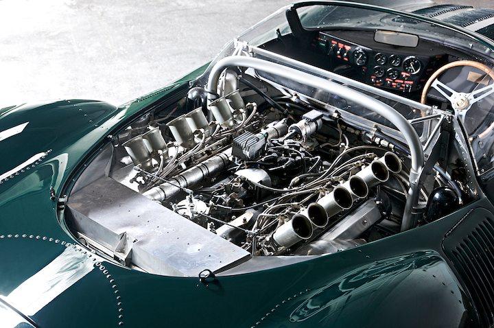 back of Jaguar XJ13