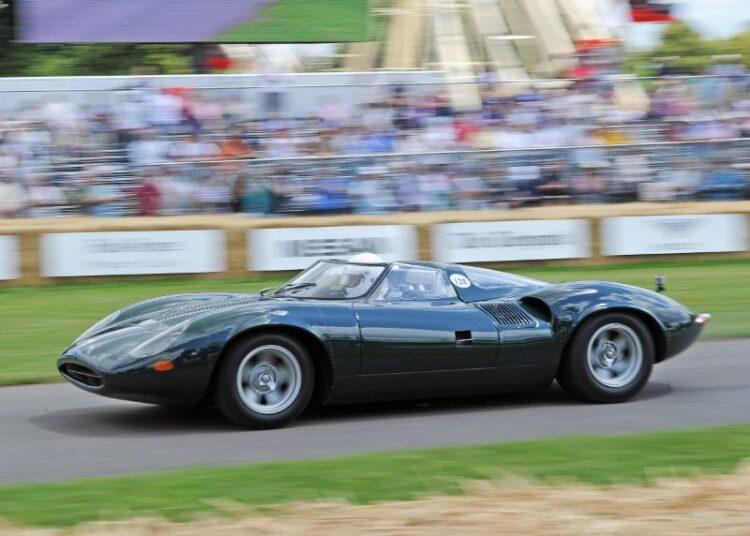 Racing the Jaguar XJ13