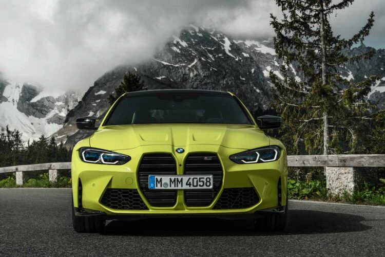 front of BMW M4 Competition Coupé