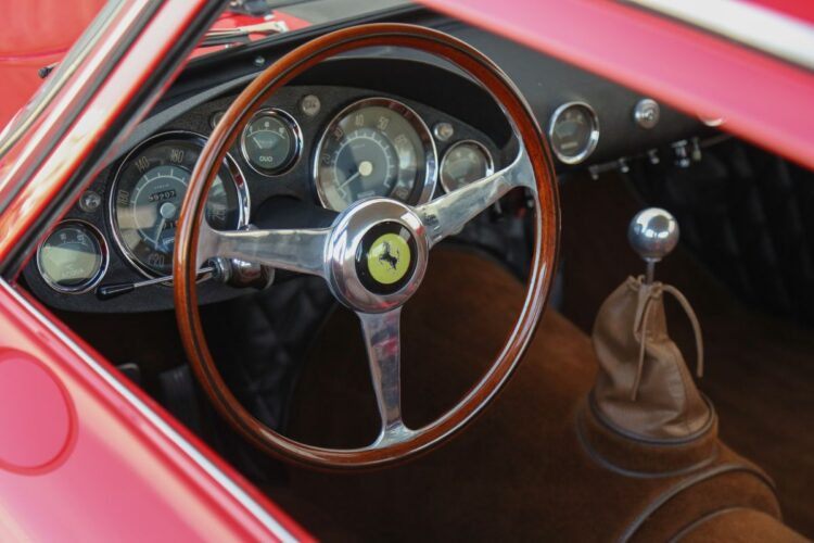 steering wheel of 158 Ferrari