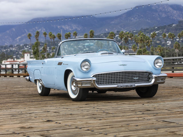 Front of 1957 Ford Thunderbird