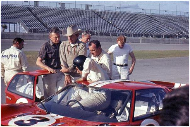 Dan Gurney in ford GT40