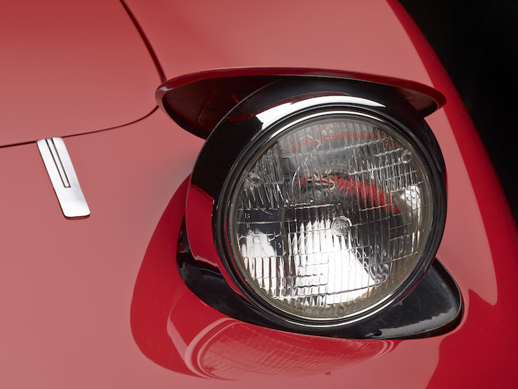 Retracting headlights