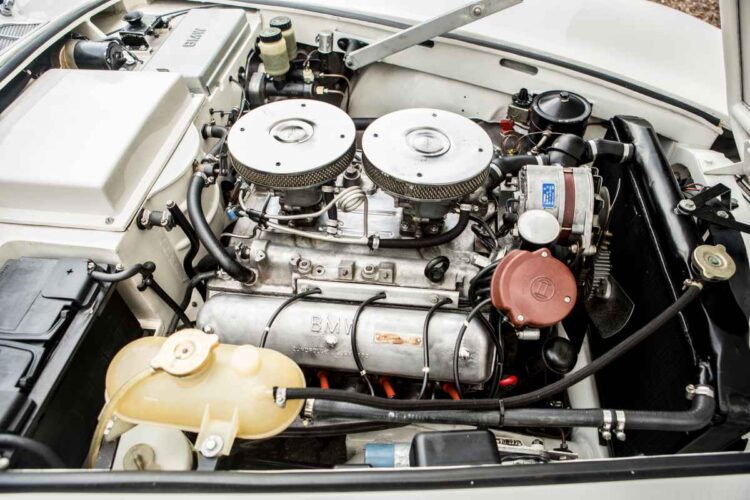 engine of BMW 507