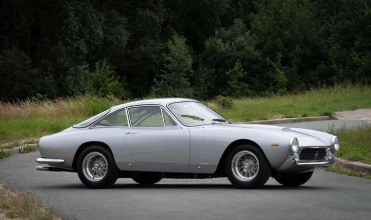 side of 1963 Ferrari 250 GT Lusso Berlinetta