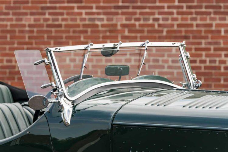windscreen of 1930 Bentley 8-Liter Tourer
