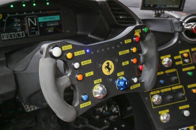 steering wheel 488 challenge