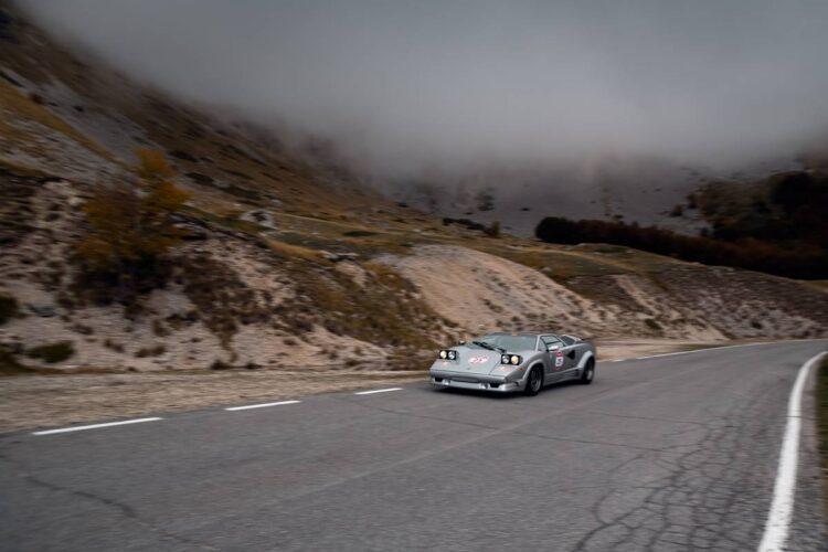 2020 Modena Cento Ore driving with the 1990 Countach 25th Anniversary