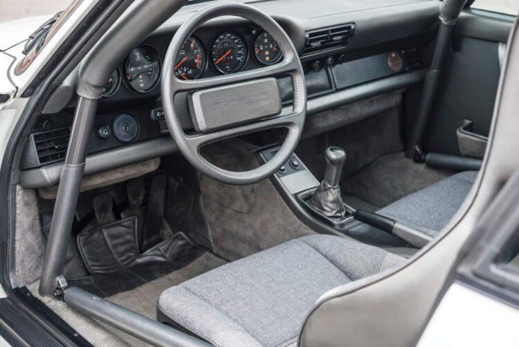 Interior of Porsche 959 Sport