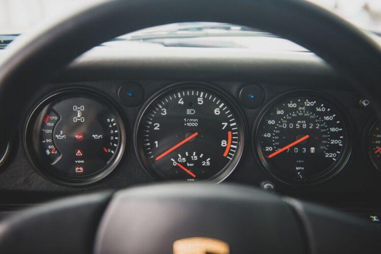 Dashboard of 959