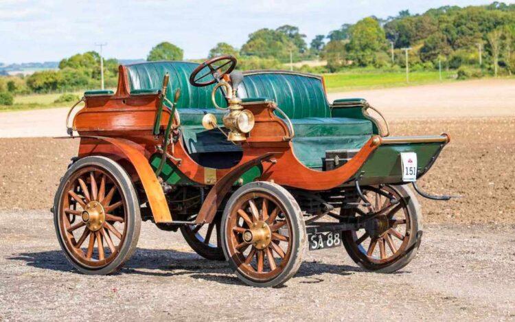 1902 Arrol-Johnston 10 / 12hp Dogcart
