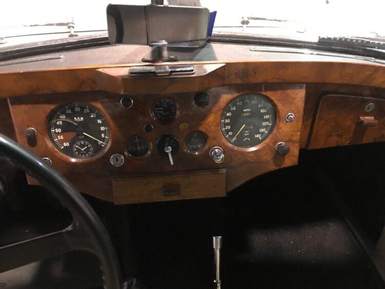 walnut veneer of 1953 Jaguar XK 120 Fixed Head Coupé