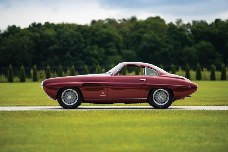 side profile of the 1953 Fiat 8V Supersonic by Ghia