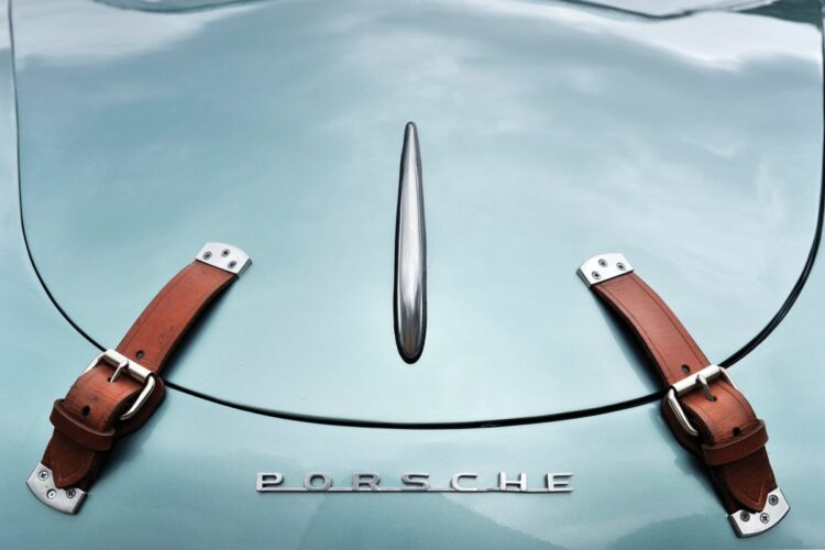Porsche name on car
