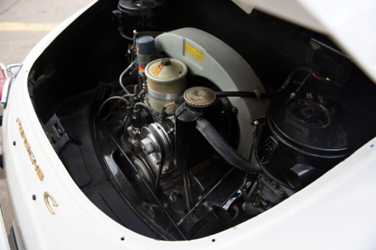 engine of 356 C 1600 C Coupe
