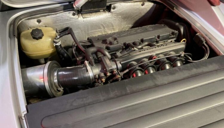 engine of 1998 Series one Lotus Elise