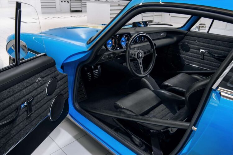 Inside the Volvo P1800 Cyan