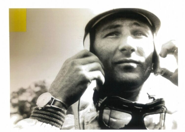 Photo of Stirling Moss wearing watch