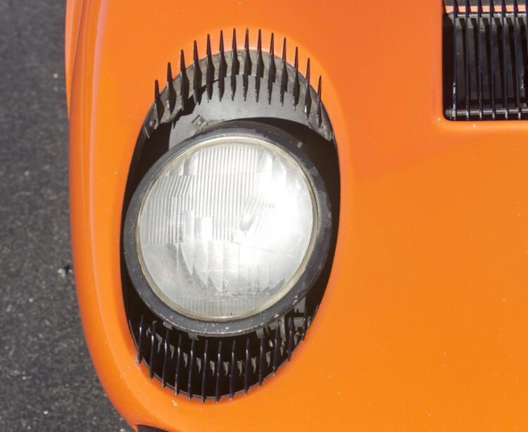 Headlights of the Lamborghini Miura P400