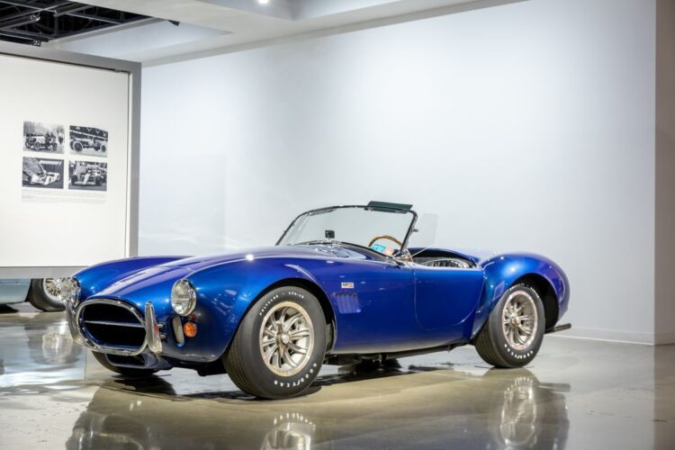 1967 AC/Shelby Cobra 427