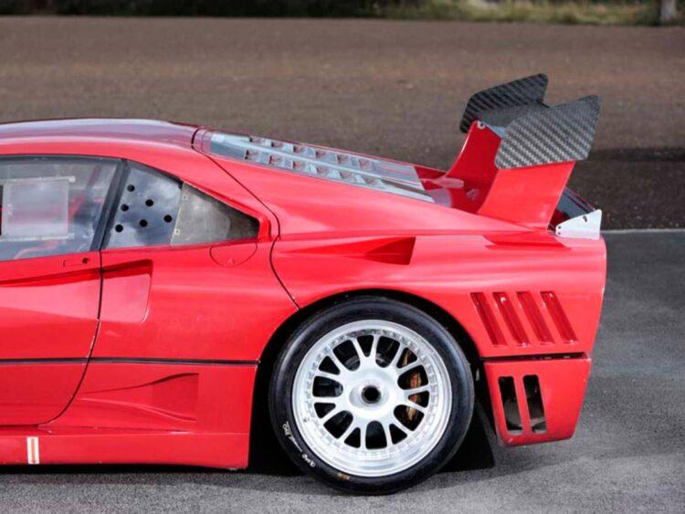 wheel of 288 GTO Evoluzione